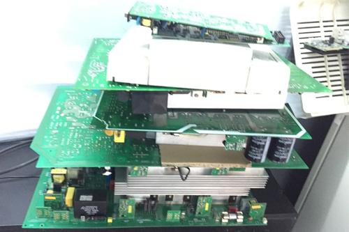 Sửa chữa bo mạch UPS Santak Online