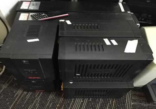 Kiểm tra và sửa chữa UPS APC tại khách hàng